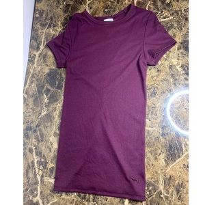 PINK Burgundy NWT XS Form Fitting Tee